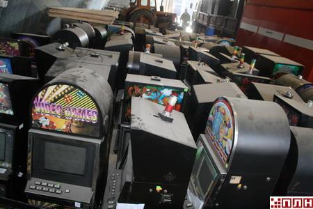 Псков игровые автоматы залы игравые платы казино технолоджи
