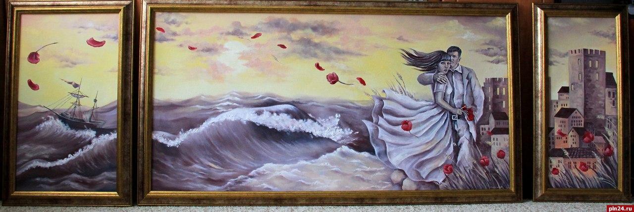 К марта в ГКЦ в Пскове открывается выставка островских художниц  Дипломной работой Надежды Щербаковой был триптих Старый город выполненный в технике батик Я люблю старинные здание узкие улочки ажурные решетки