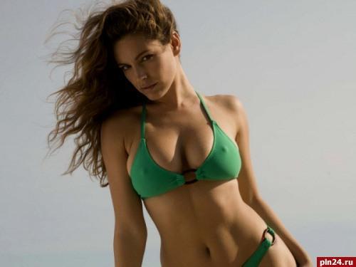 Красивые фото полной женской груди фото 263-610