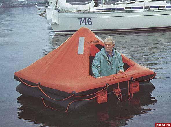 самолет лодка спаслись