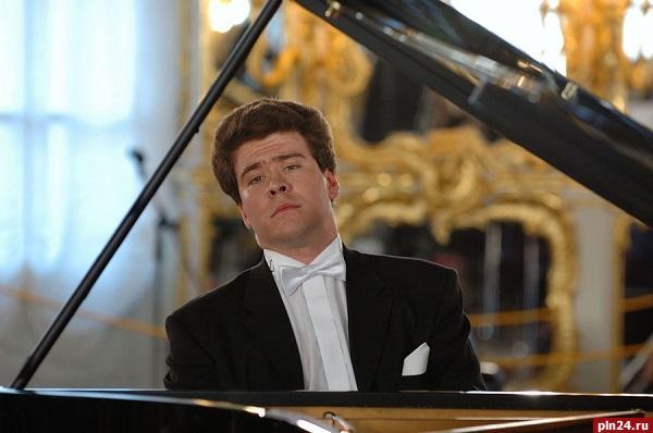 Денис Мацуев сломал рояль на концерте в Новосибирске