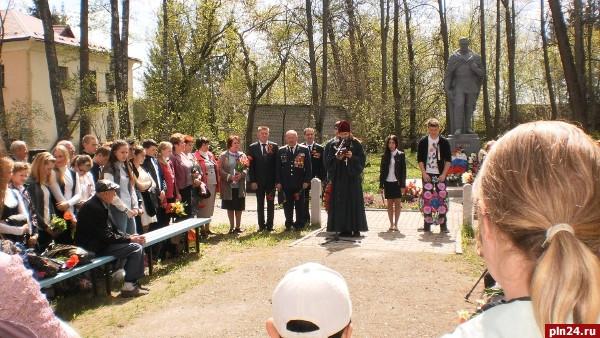 Жд переезд, участок оп чернушки-валдай, новгородская обл, октжд 03072010