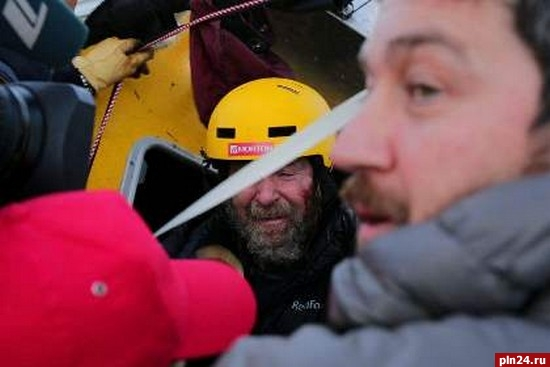 Конюхов совершил кругосветное путешествие навоздушном шаре за11 дней