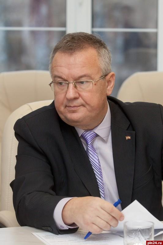 Александр рогов кпрф биография