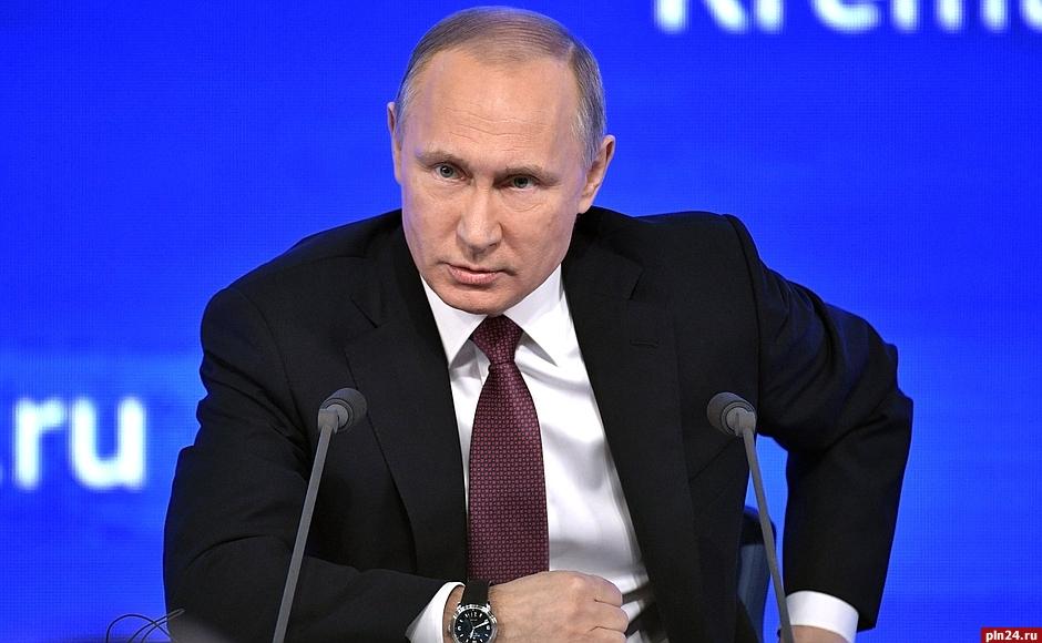 Путин: Решу, участвовать либо нет ввыборах президента, когда созреет время