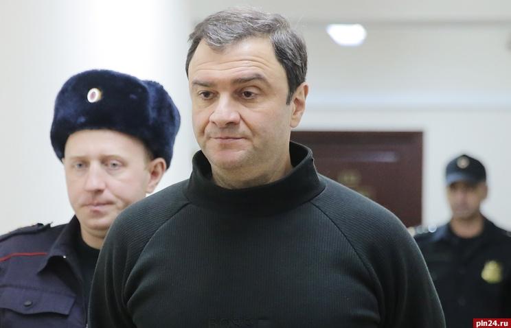 Экс-замминистра культуры Пирумову предъявили обвинение вхищении при реконструкции башни «Кронпринц»