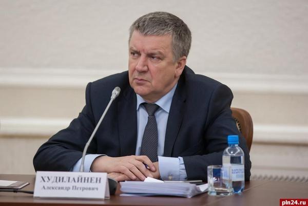 Губернатор Карелии преждевременно сложил ссебя полномочия