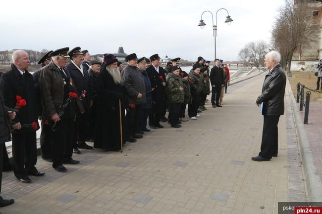 ОБЩЕСТВО День моряка-подводника в Пскове