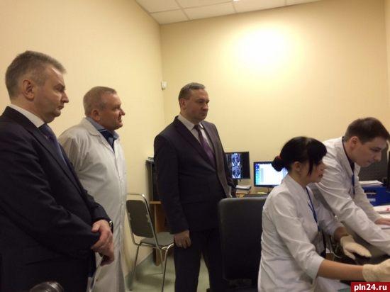 1-ый замминистра здравоохраненияРФ приехал впсковские клиники