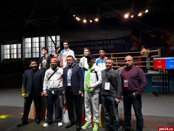 Два кузбасских спортсмена взяли медали навсероссийских соревнованиях побоксу