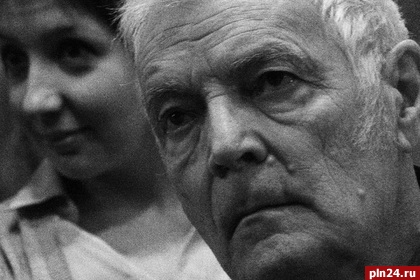 На80-м году жизни умер легендарный фоторепортер Виктор Ахломов