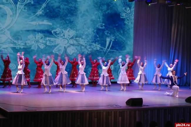 100 танцевальных клубов москвы фантомас москва клуб официальный сайт