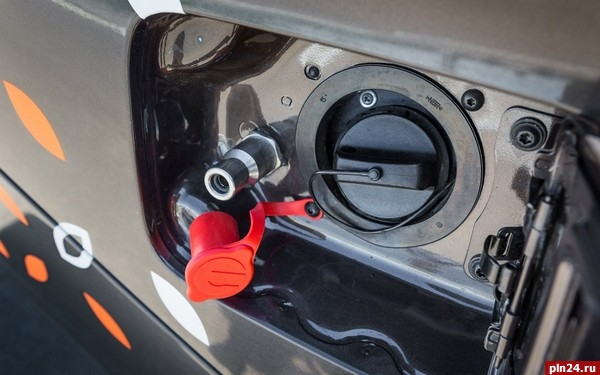 Двухтопливную Лада Vesta CNG тестируют вмосковском такси