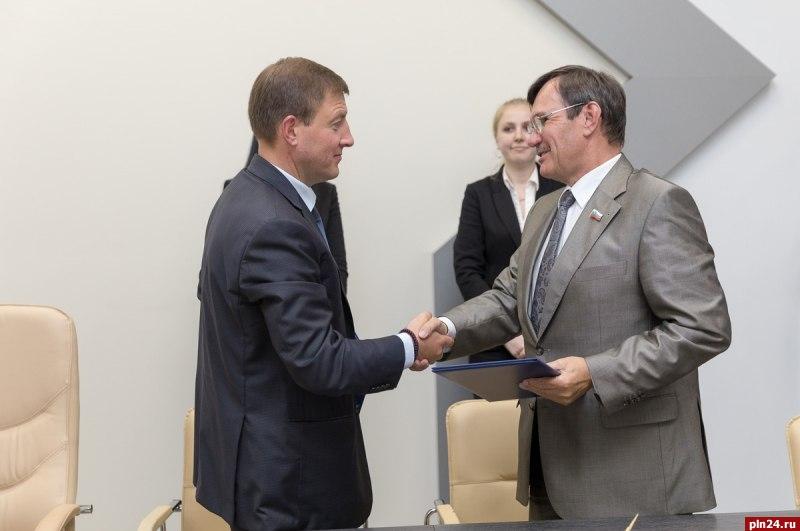 ВПсковской области планируют построить три школы