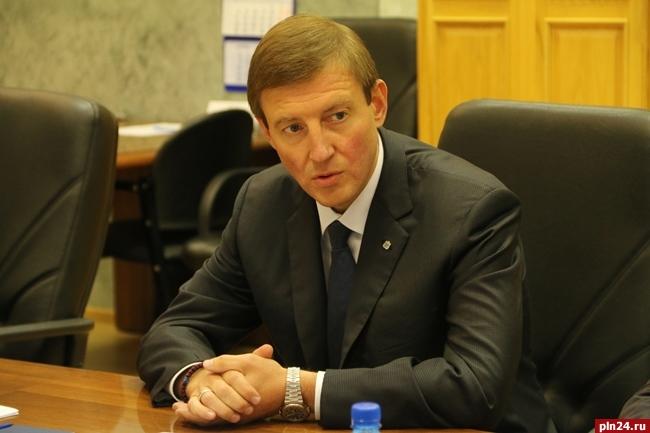Конференция «Единой России» рекомендовала выбрать Ивана Цецерского напост руководителя Пскова