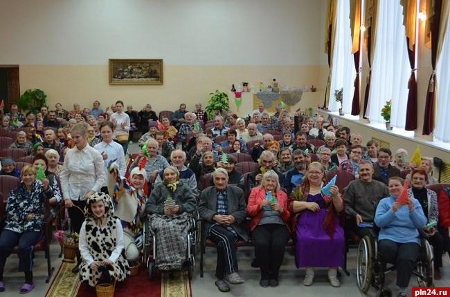 Великолукский интернат для престарелых и инвалидов дома престарелых в санкт-петербург
