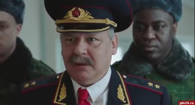Граждан России призывают идти навыборы, пугая геями ислужбой вармии