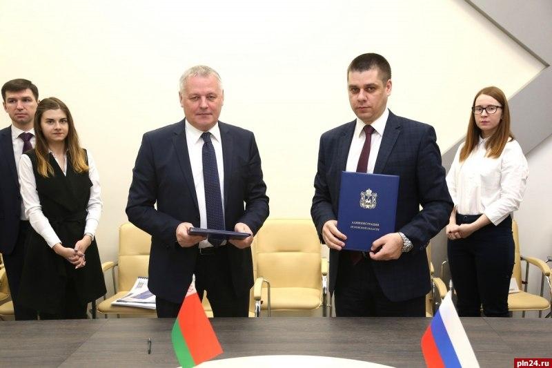 Белорусские строители примут участие ввозведении социальных объектов вПсковской области