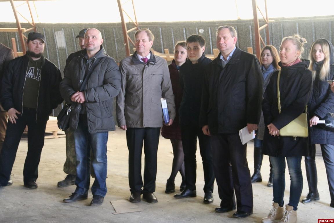Псковские реконструкторы планируют клету 2018 года спустить наводу ганзейскую ладью