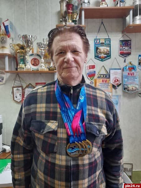 Великолучанин в 80 лет стал победителем открытого Кубка России по плаванию