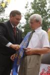 Сергею Вертешеву вручили медаль и ленту «Почетный гражданин города Пскова»