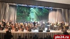 Музыкально-литературная композиция «Несвятые святые» прошла с аншлагом в БКЗ филармонии