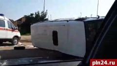 Три сотрудника ФСИН пострадали в ДТП на улице на Ижорского Батальона в Пскове. ВИДЕО