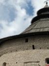 В Пскове обвалилась часть кровли Покровской башни. ФОТО