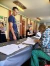 В Великих Луках избирательные участки работают в штатном режиме