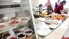 Как организовано питание детей в школах Пскова, родители разобрались лично
