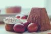 Пасха с изюмом и цедрой, куличи с куркумой и гвоздикой: что и как готовят к пасхальному столу в монастырях Псковской земли