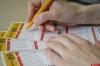 Россиянин стал миллионером, потратив 40 рублей на лотерейный билет