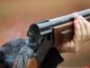 Машину с охотниками обстреляли на открытии охоты в Псковской области