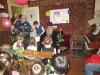 Тематическим уроком для детей и концертом отметили День защитника Отечества в храме Александра Невского