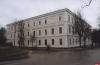 В Пскове отремонтируют кровлю исторического здания одной из школ