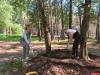 Волонтеры благоустроили двор на Коммунальной в Пскове