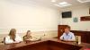 Главный полицейский Псковской области вручил награду 11-летней девочке