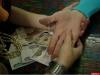 «Целительница» обманула пенсионерку в Великих Луках