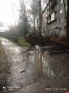 Фотофакт: У дома №18 на улице Труда в Пскове ремонтируют тротуар