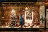 Псковичи выберут магазины и организации с самым красивым новогодним оформлением