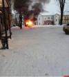 Микроавтобус загорелся в Великих Луках. ФОТО