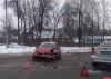 Два автомобиля столкнулись на улице Ипподромной в Пскове