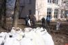 Около двух тонн мусора вывезли после субботника в Кунье