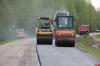 40 рабочих и механизаторов ремонтируют трассу Дедовичи – Дно – Костыжицы