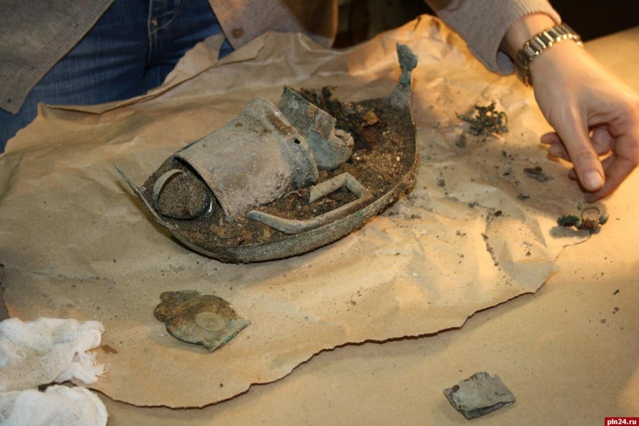 В пскове нашли крупнейший в истории псковской археологии кла.